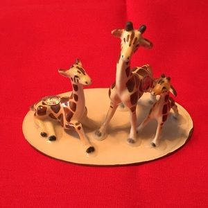 Vintage Bradley Bone China giraffe family figures